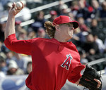 Jered_weaver_1